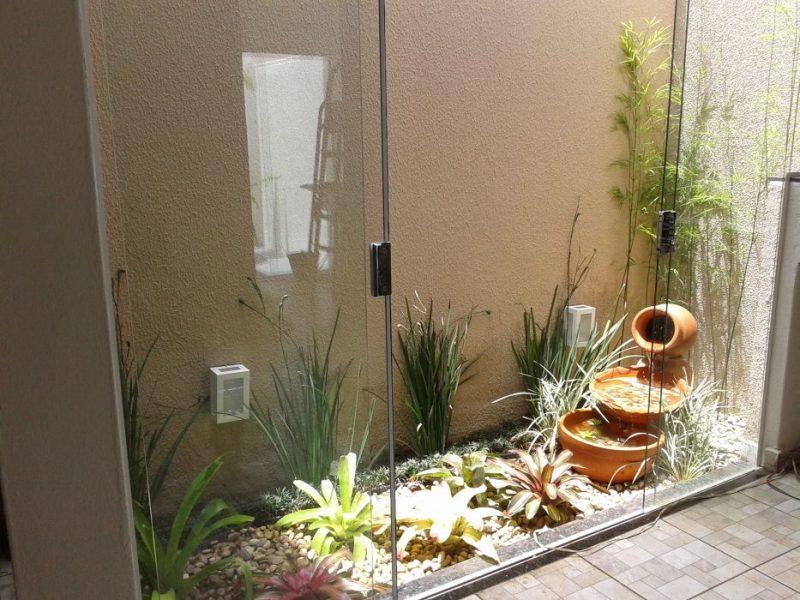 jardins de inverno são pequenos recantos de natureza dentro da sua casa ou apartamento. São uma boa maneira de trazer mais vida a sua casa.