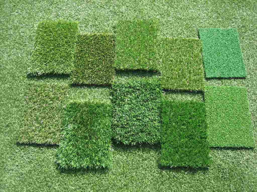 Existem várias linhas de grama sintética, para todos os tipos de necessidades dos clientes, e para a obtenção de diversos efeitos visuais com a grama artificial.