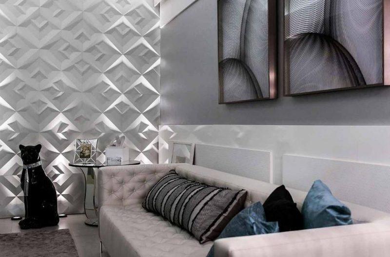 textura na parede com aplicação de placas