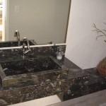 Cuba de Granito preto usada nesse projeto de lavabo