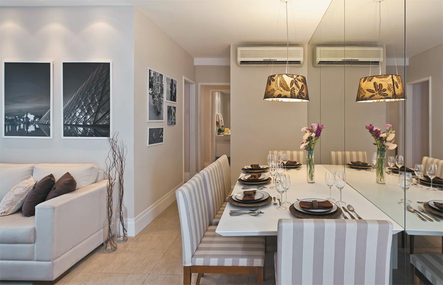 apartamento decorado com mesa de jantar