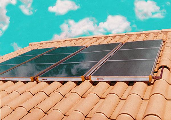 placas de um aquecedor solar