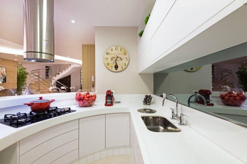 cozinha americana com balcão curvo
