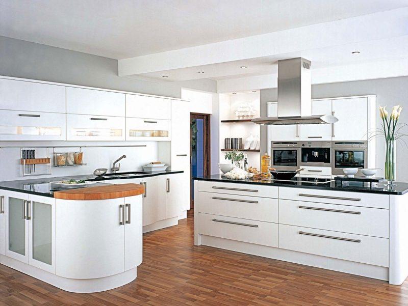 decoração chique branca no ambiente da cozinha