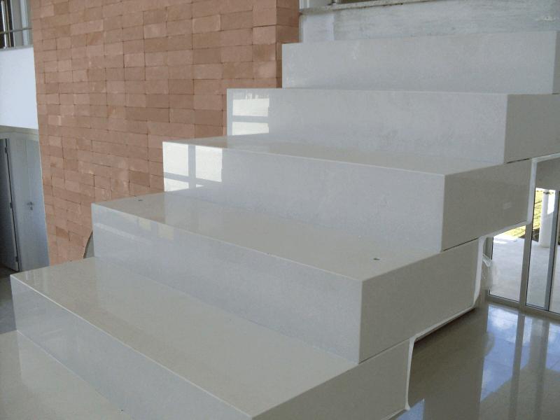 porcelanato branco aplicado