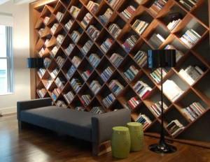 estante de livros para sala