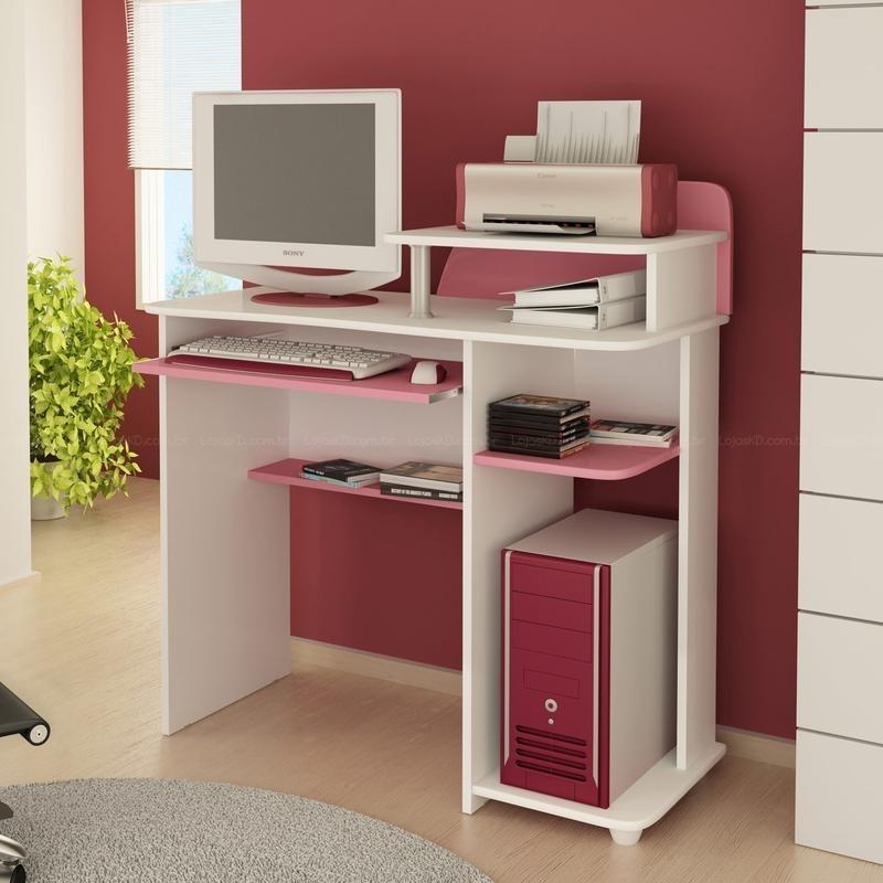 modelo feminino de mesa para computador