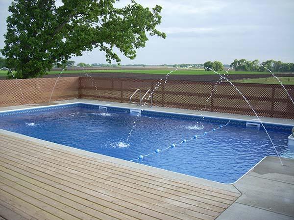 piscina com ladrilhos