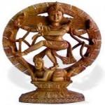 Buda decorativo em madeira artesanal