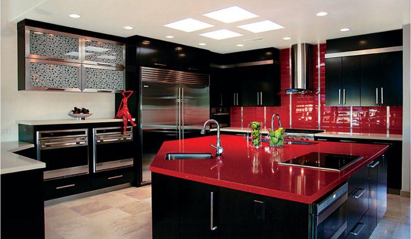 Balc o de cozinha balc es planejados de madeira e m rmore for Black and red kitchen decorating ideas