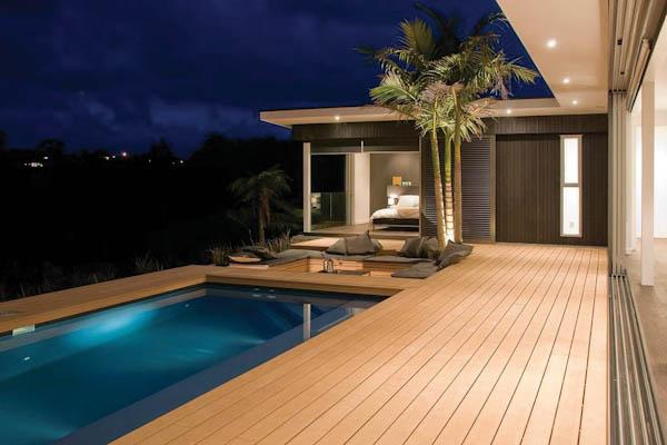 Deck e casa no material