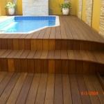 Deck de madeira reciclada