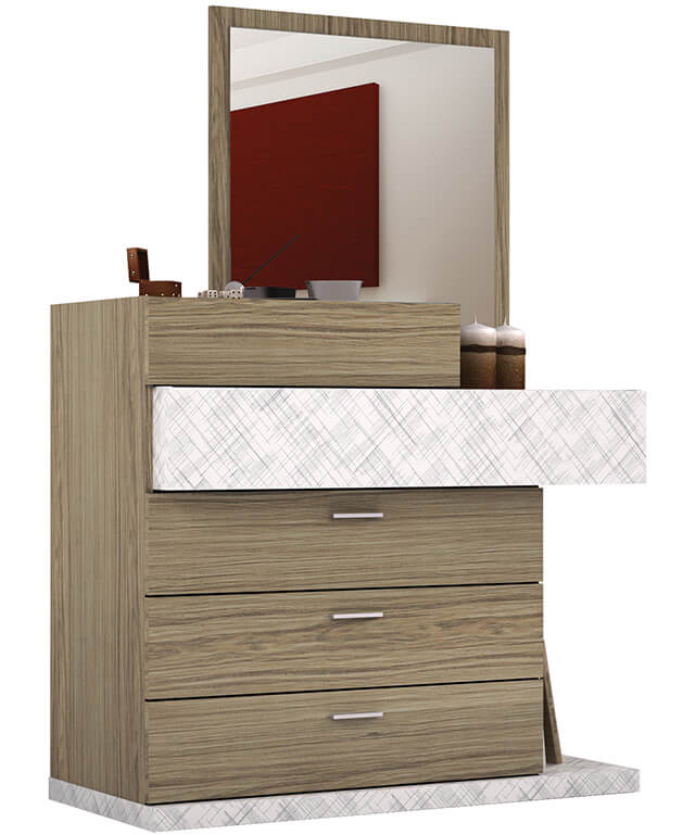 Cômoda de madeira com espelho em cima