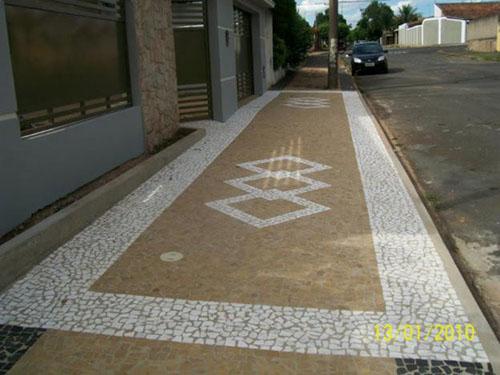 Calçada particular de Pedra portuguesa