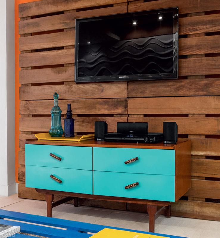 1- Móveis de Paletes: Painel para TV
