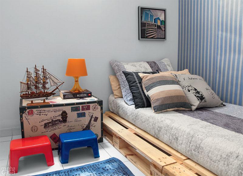 2- Móveis de Paletes: Suporte para cama