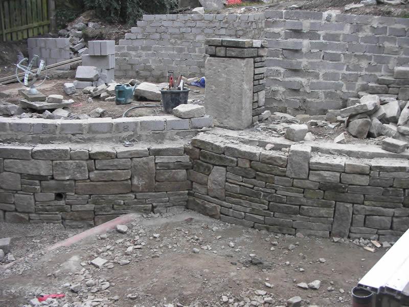 Alvenaria estrutural: Com blocos de concreto e pedra