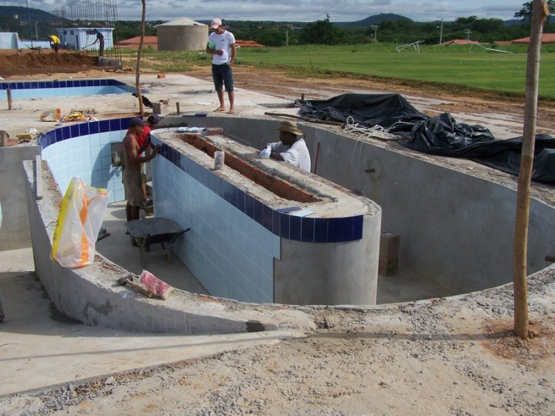 Piscinas como construir lugar modelos veja mais for Construir piscina concreto