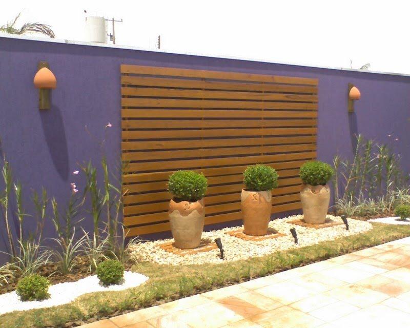 Fachadas de muros com detalhes em madeira - 2