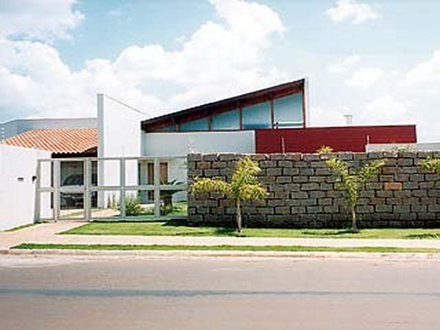 fachada de muro de pedra