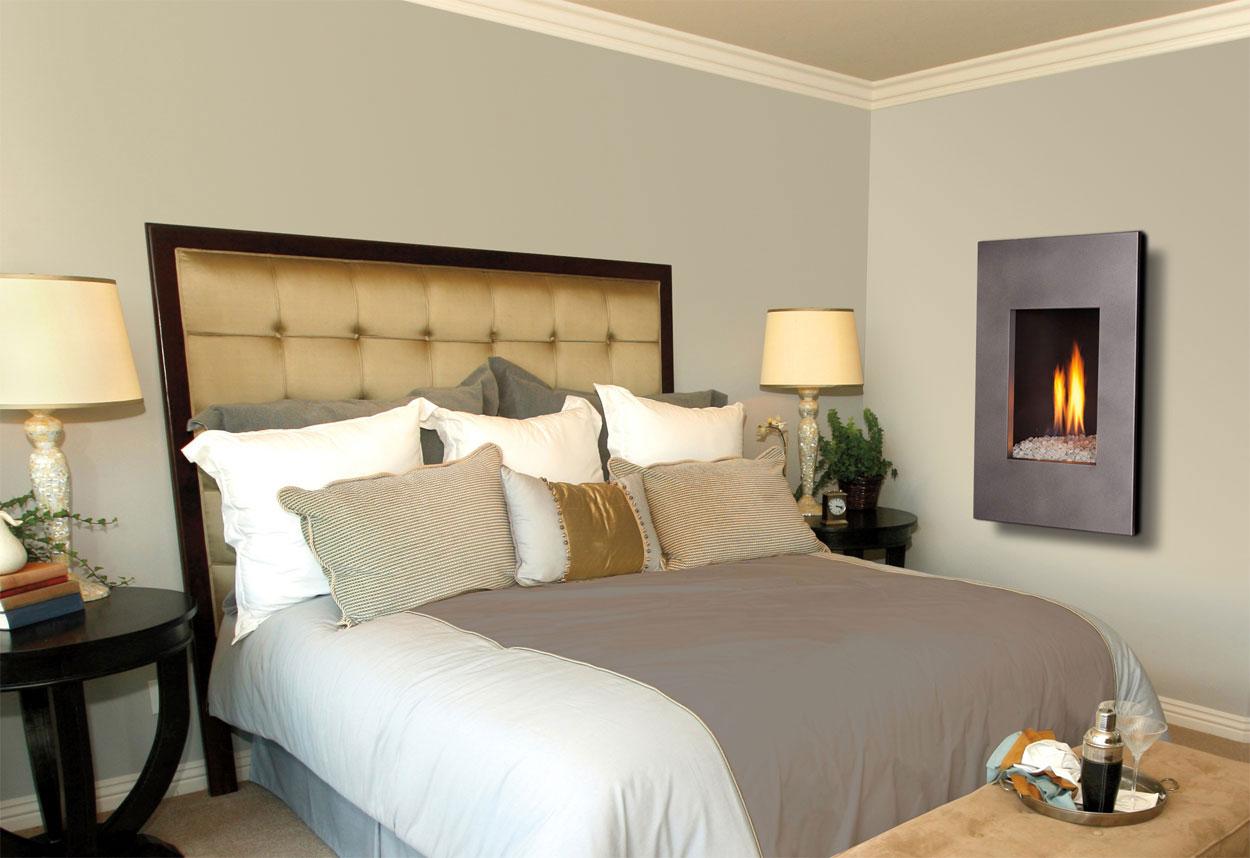 Modelo de lareira embutida na parede para quartos de casais
