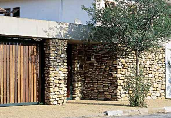 Muro de pedra residencial