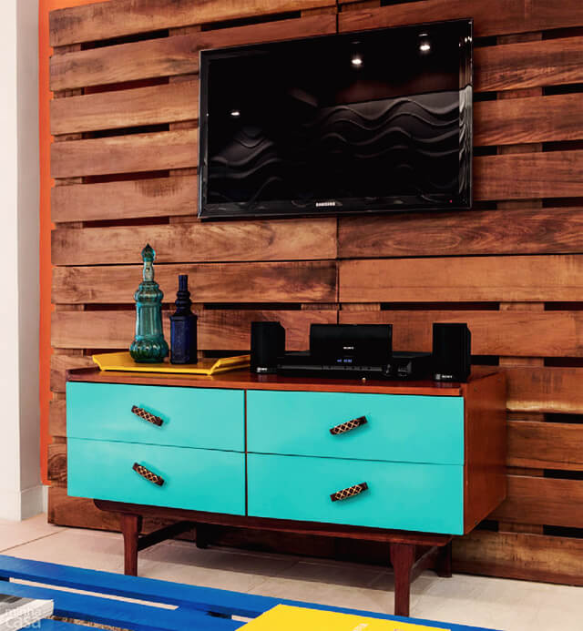 Painel para tv de palete reciclado