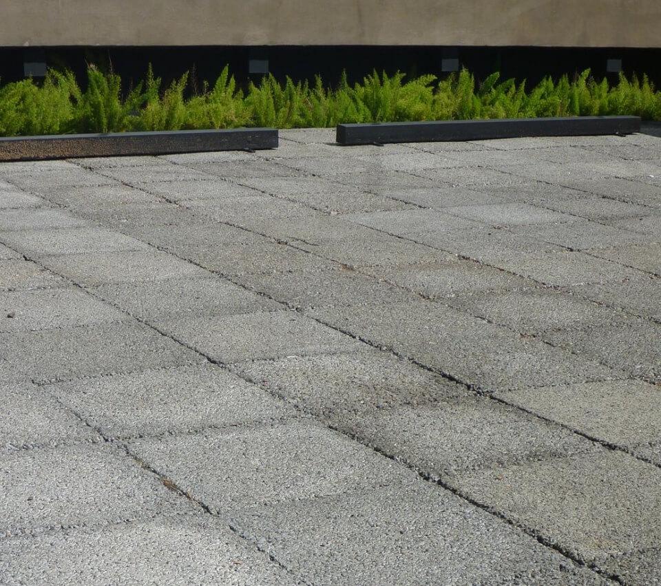 Piso drenante: Feito de concreto e Fibra Natural