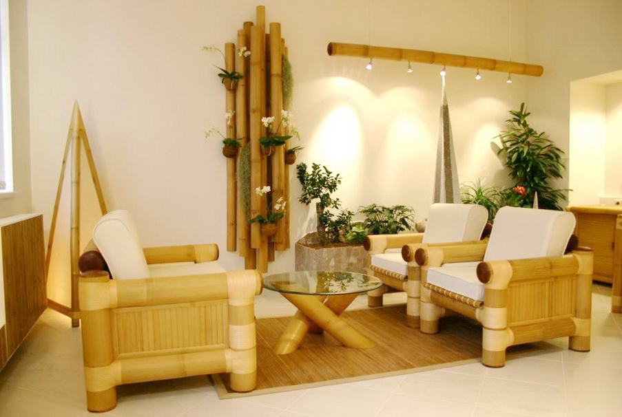 1- Móveis de Bambu: Jogo de sala decorada e feito com Bambú gigante