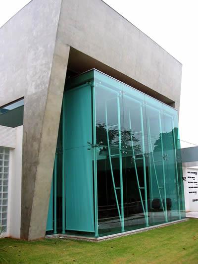 Projeto de pano de vidro em projetocomercial