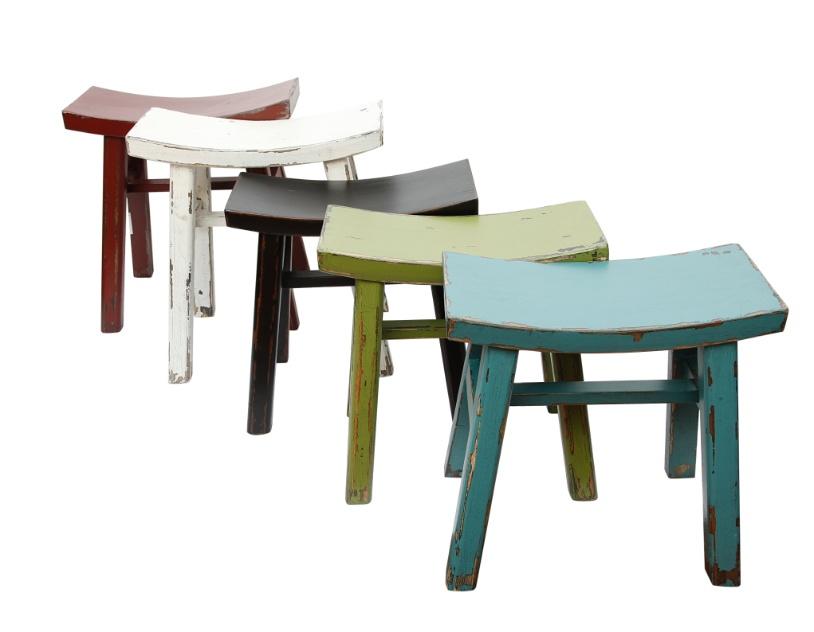 Banquetas curtas de madeira em estilo Vintage