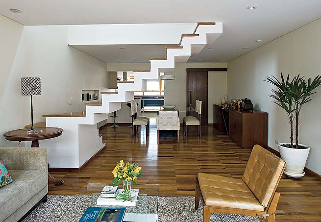 escada para separar ambientes