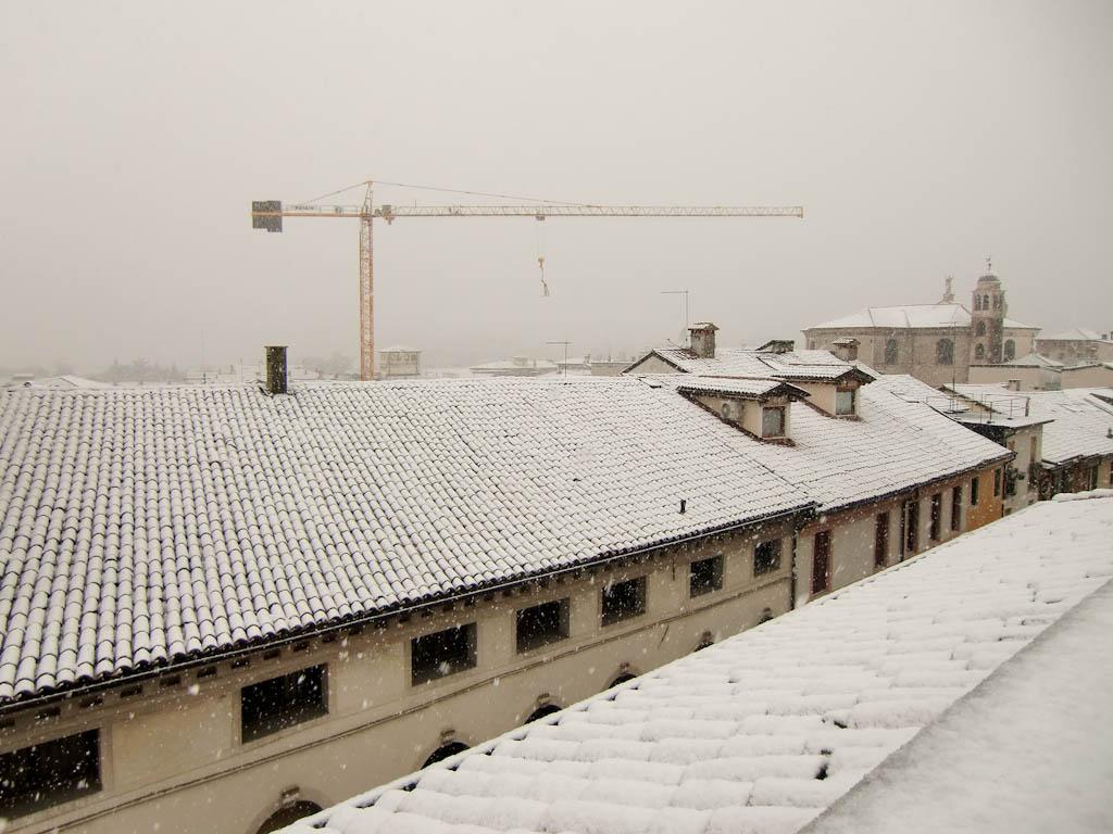 Telhados brancos mimetizando a neve em países frios