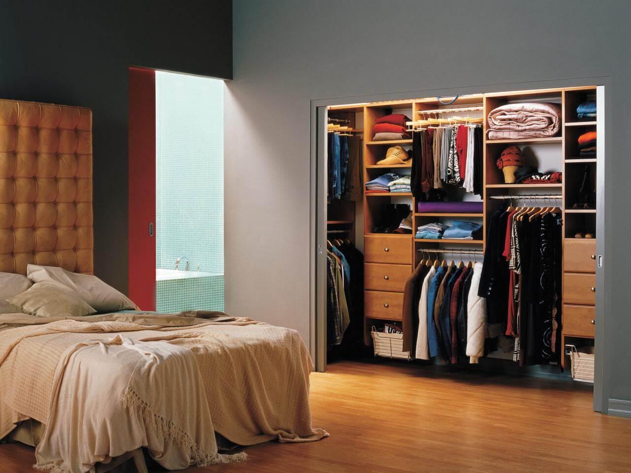 Closet para suíte moderna