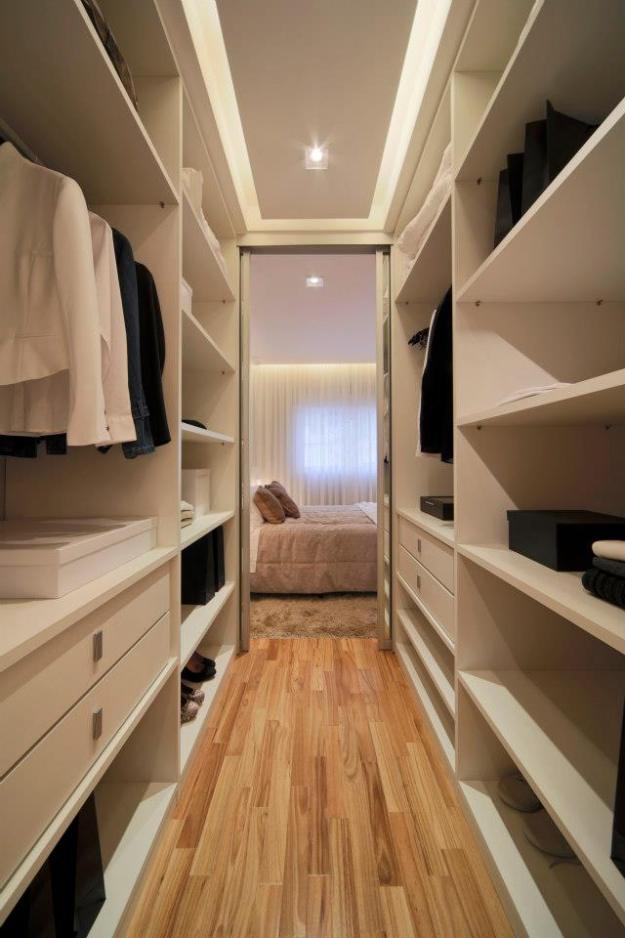 95+ Ideias de CLOSET PEQUENO → Como planejar & Organizar -> Closet Pequeno Com Banheiro