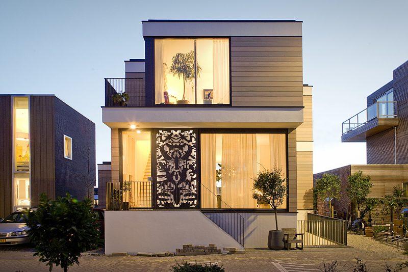 Foto de fachada de casas moderna de dois pavimentos