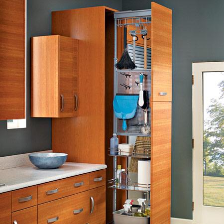 Mini Broom Closet, espaço para guardar os materiais de limpeza