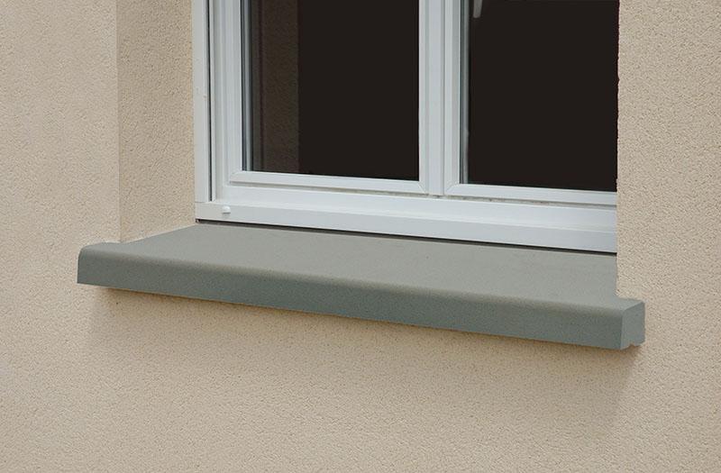 Peitoril de janela em concreto moldado in loco