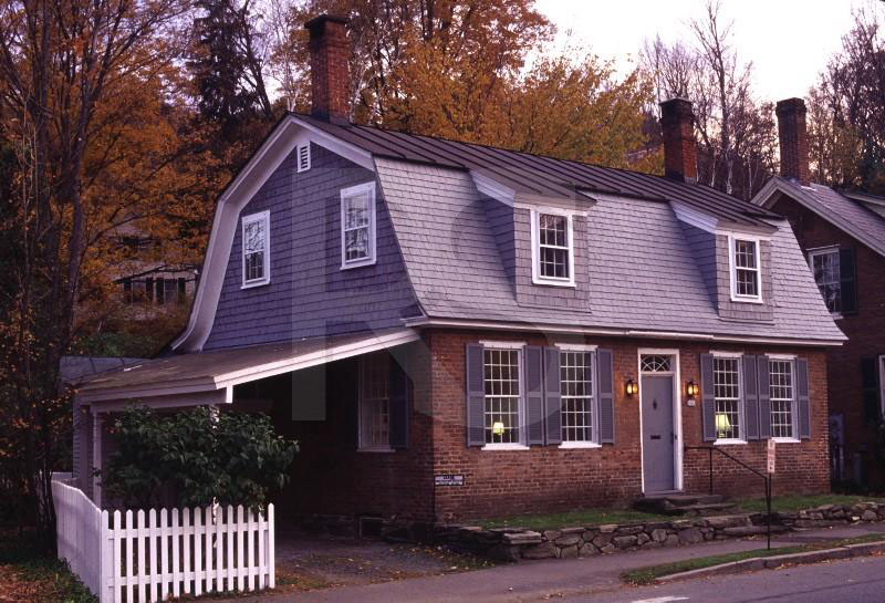 O telhado Gambrel está muito associado ao formato dos Celeiros Americanos