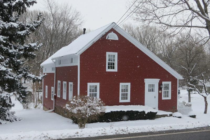 Telhado tipo Salt, geralmente associado ao padrão residencial de arquitetura americana