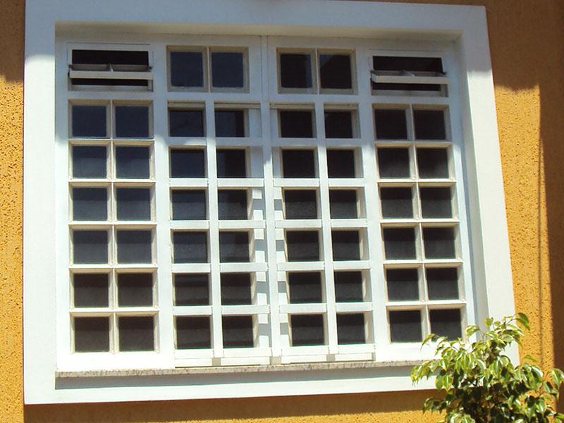grades horzontais e verticais para janela tipo francesa