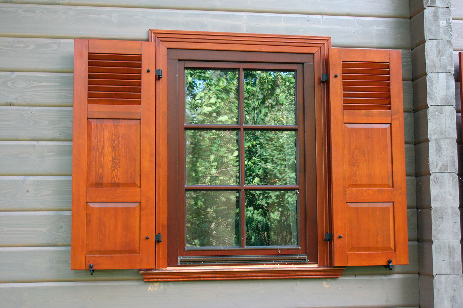 #B1481A  um belo acabamento à janela janela simples com vidraça em madeira 468 Janelas Duplas Em Madeira