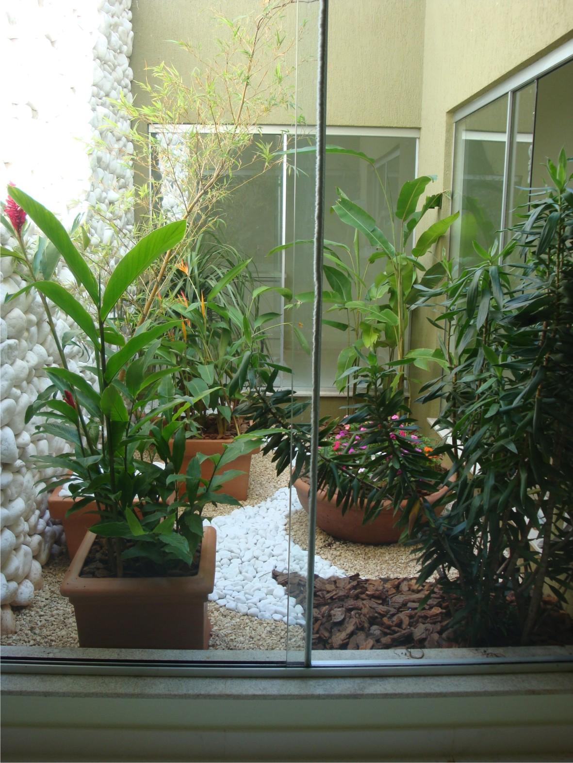 Jardins Pequenos  Residenciais, de Inverno  fotos -> Banheiro Pequeno Com Jardim De Inverno