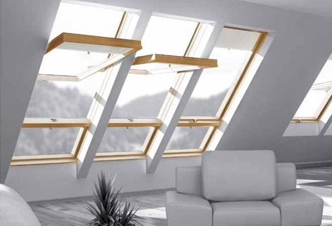 Tipos de janelas: Janelas inclinadas de vidro para dar visibilidade à sótão habitável