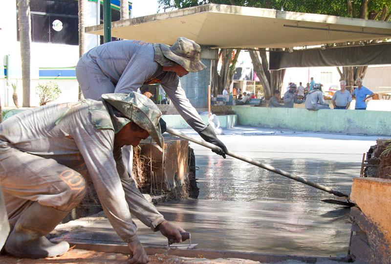 Revitalização de espelho de água feito em concreto