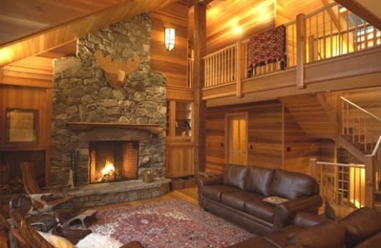 Casa de madeira com decoração rústica