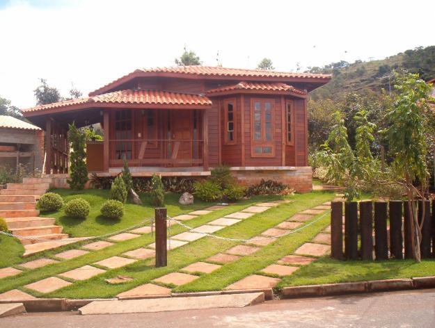 casa térrea feita em madeira