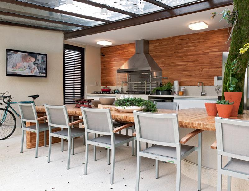 Churrasqueira para varanda com espaço gourmet