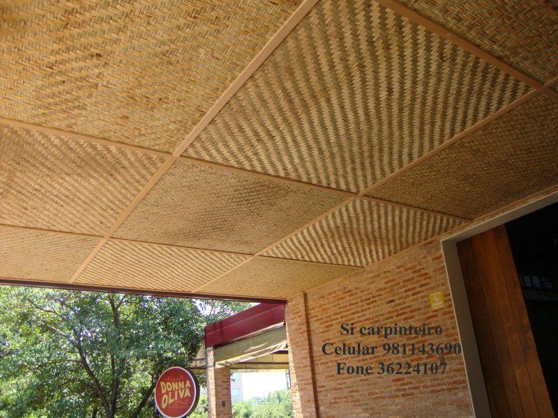 forro de bambu, material natural e renovável, usado frequentemente na decoração sustentável