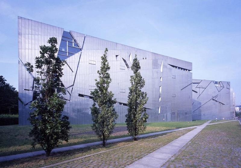 Cortina de vidro no Museu Judaico de Berlim